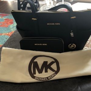 New without tags. Black Michael Kors jet set set